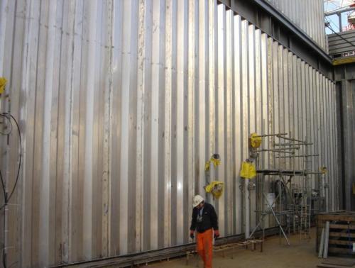 Blast resistant barrier - antiblast barrier - blast barrier
